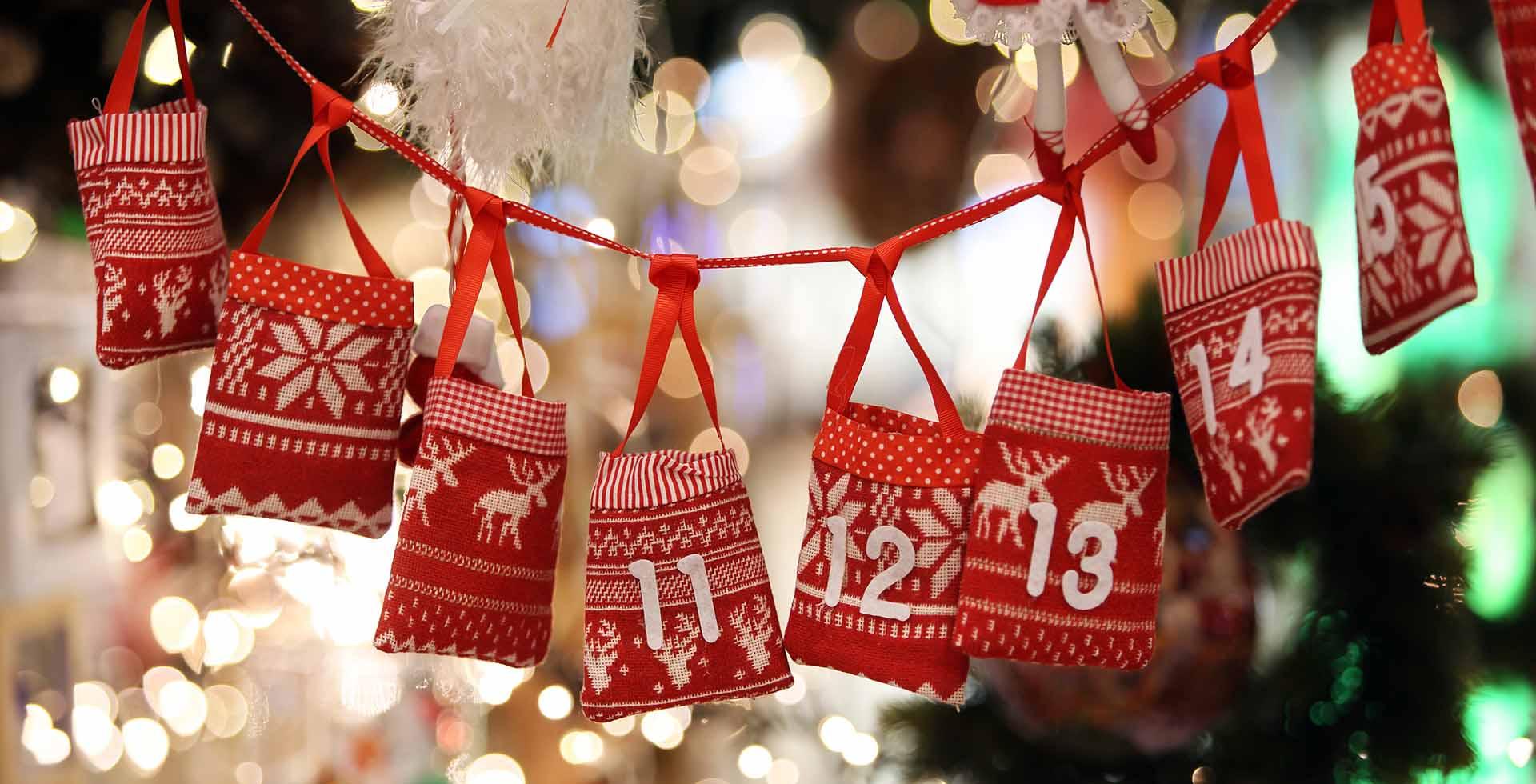 Anche quest'anno non possiamo fare a meno di un calendario dell'Avvento che riempa l'attesa di bellezza